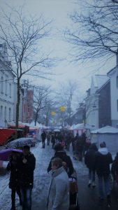 weihnachtsmarkt in l ttringhausen leibniz gymnasium remscheid. Black Bedroom Furniture Sets. Home Design Ideas