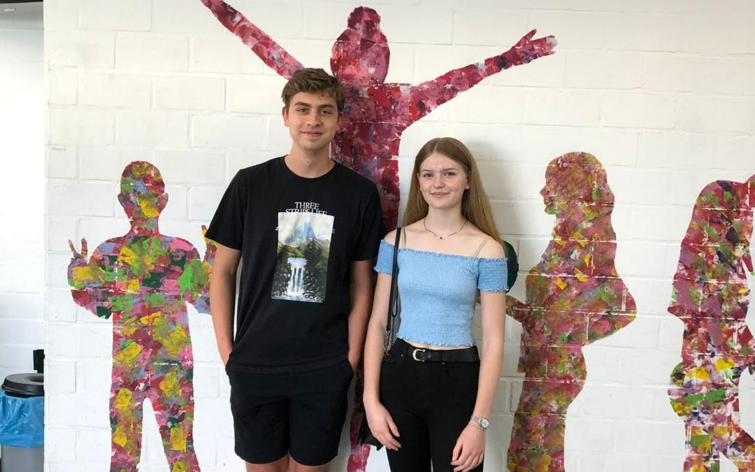 Zwei erfolgreiche Teilnehmer des LG an der JuniorAkademie und an der SchülerAkademie